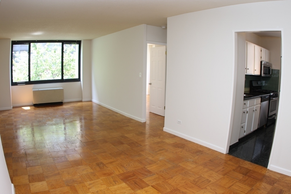 1 Bedroom, 407 Park Ave. South, The Ascot, #2A