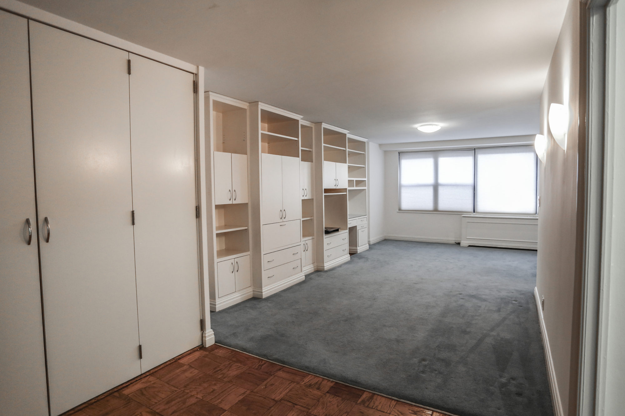 Junior One Coop, The Hamilton, 305 East 40th St. #3B, New York, NY  10016   SOLD
